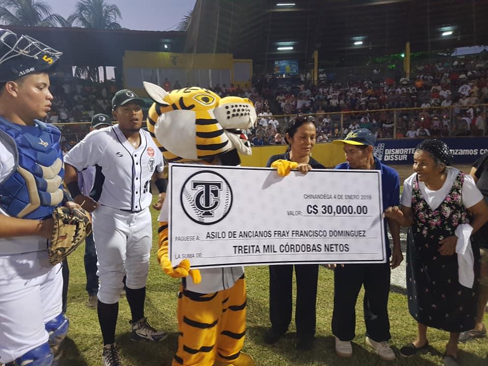 Tigres defienden su casa y empatan la serie Semi-Final
